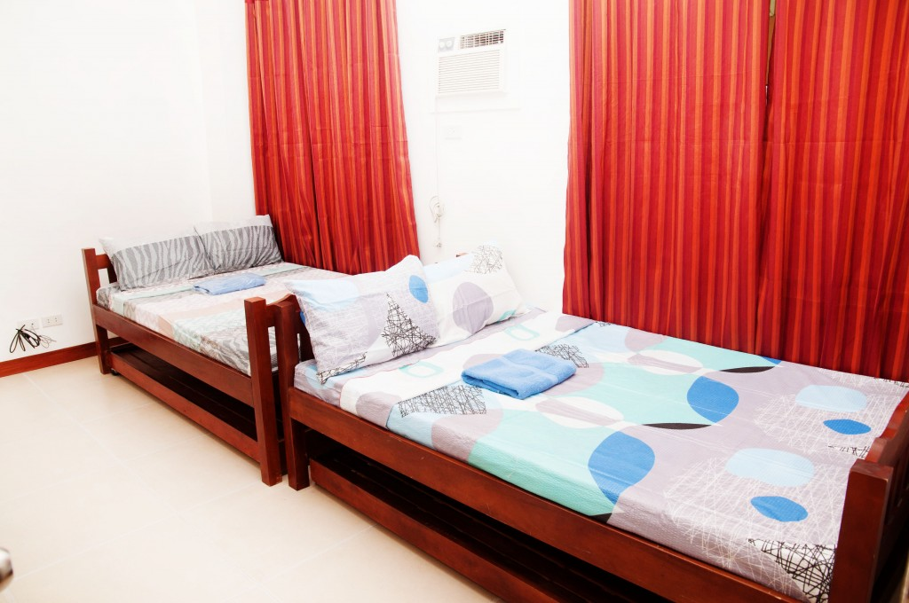ROOMS498 DAILY MONTHLY ROOM RENTALS IN METRO MANILA WWW.ROOMSFORRENT.PH