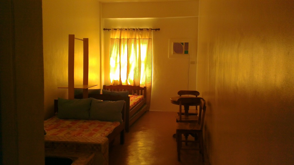 APARTELLE TRANSIENT ROOMS FOR RENT MANILA http://roomsforrent.ph
