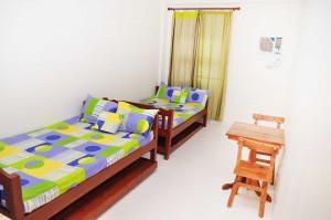 Standard room @ Rooms498 09178235533
